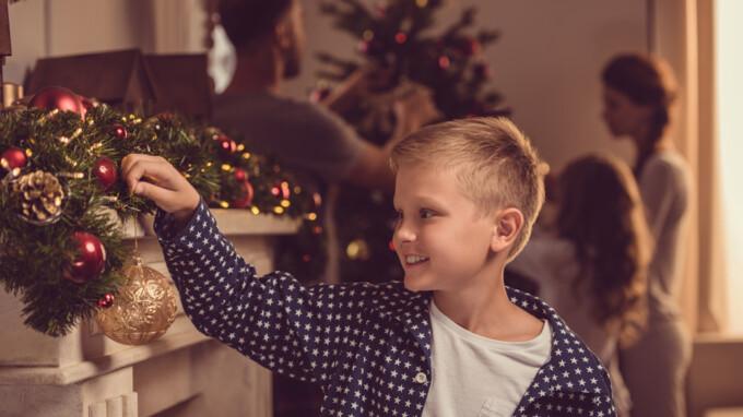 Вихідні і державні свята у грудні в Україні