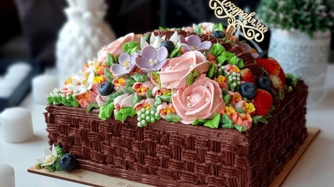 Найгарніший торт на 8 Березня